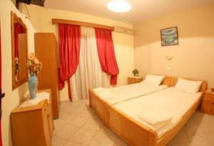 Family Apartment, Flora  Rooms and Studios | Toroni Hotels | Toroni Rooms | Toroni | Halkidiki | Chalkidiki | Greece